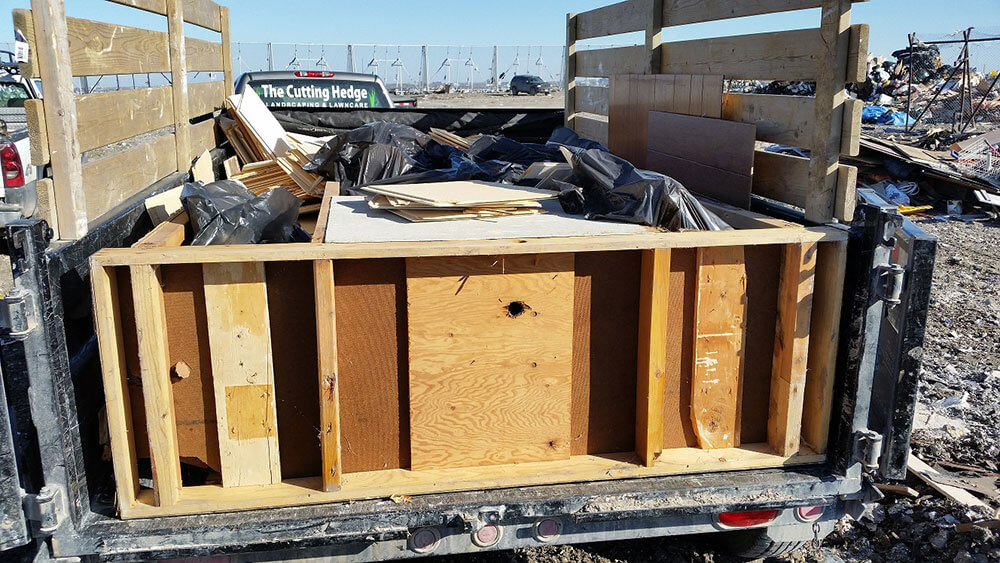 Half Dump Trailer $125.00 - Chuck It! Junk Removal - Hauling Services Winnipeg