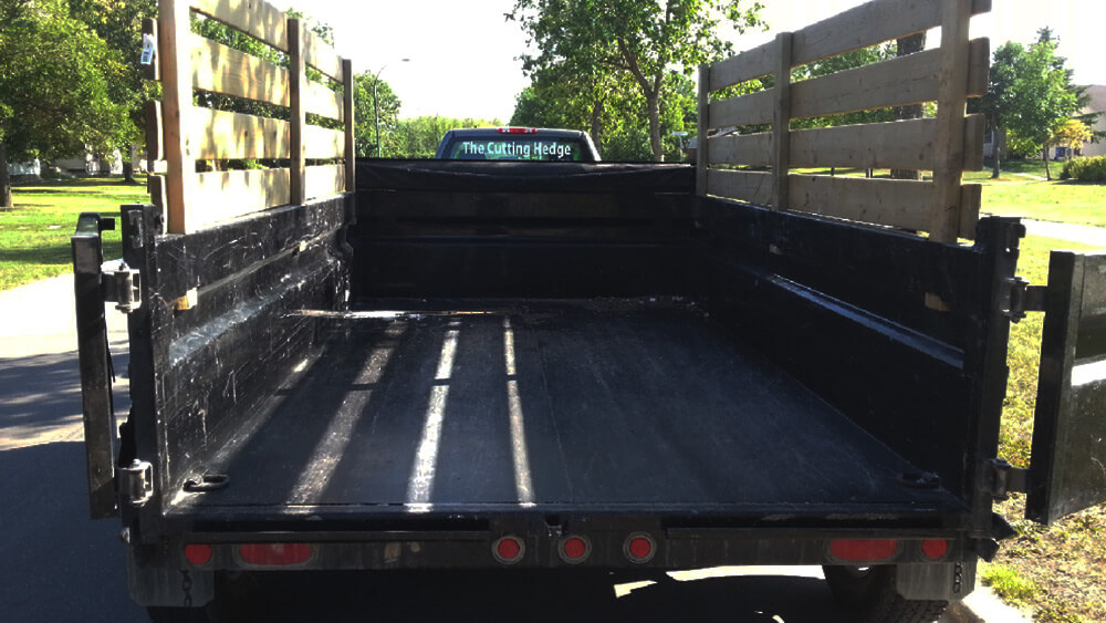 Junk Removal Trailer Rental - Chuck It! Junk Removal - Waste Removal Bins Winnipeg