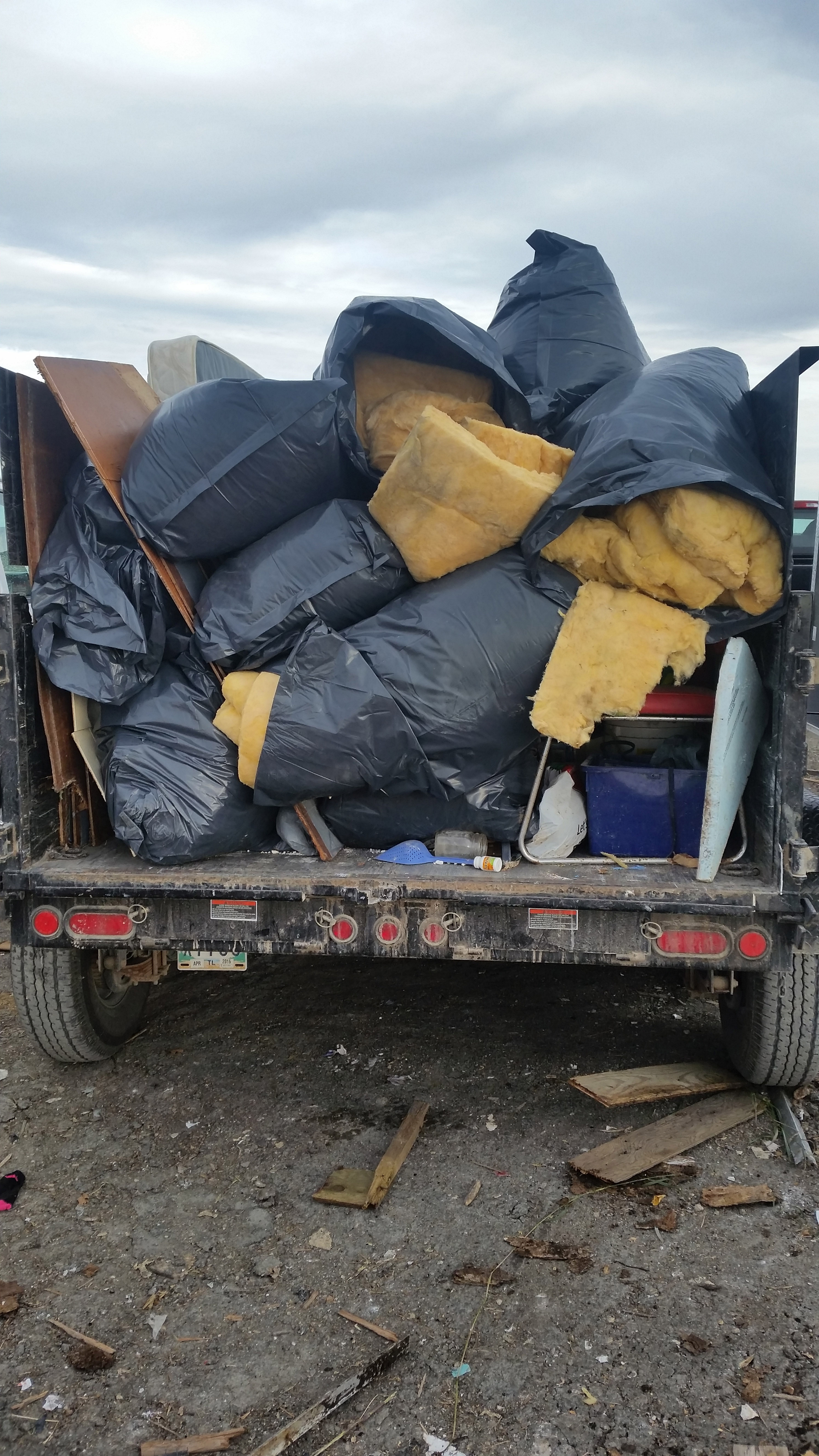 Full Trailer Load, $240 Junk Removal Load - Chuck It! Junk Removal - Hauling Services Winnipeg